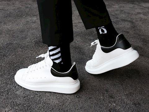 Nhin lai top 5 doi sneaker dang mua nhat 2018 5