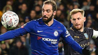 Higuain và màn ra mắt tại Chelsea: Chưa thể lạc quan