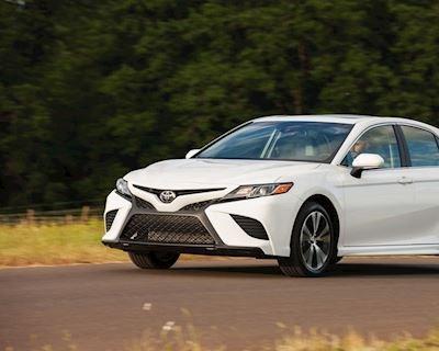 Toyota Camry 2020 thêm trang bị đáng giá sau gần 30 năm mới có