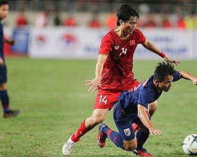 TRỰC TIẾP Việt Nam vs Thái Lan (0-0, hết giờ): May mắn giữ ngôi đầu bảng
