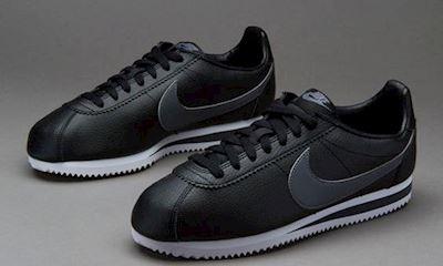 8 đôi sneaker tiết kiệm túi tiền dành cho anh em