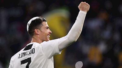 Vô địch cùng Juve, Ronaldo làm được điều chưa từng có trong làng túc cầu