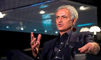 Lần đầu tiên, Mourinho úp mở về bến đỗ mới