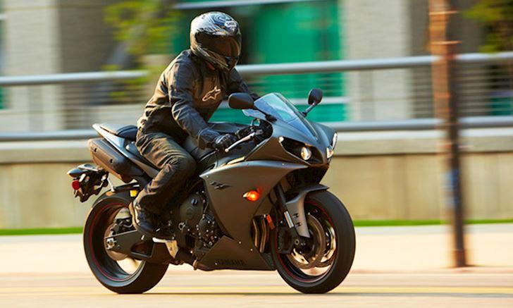 Mẹo nhỏ để chạy mô tô dễ dàng nhất - Riding Skill #2