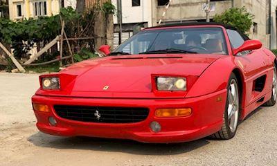 Siêu xe Ferrari F355 Spider nhập lậu về tay đại gia Sài Gòn