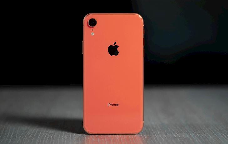Da het thoi cho iPhone lock tai Viet Nam3