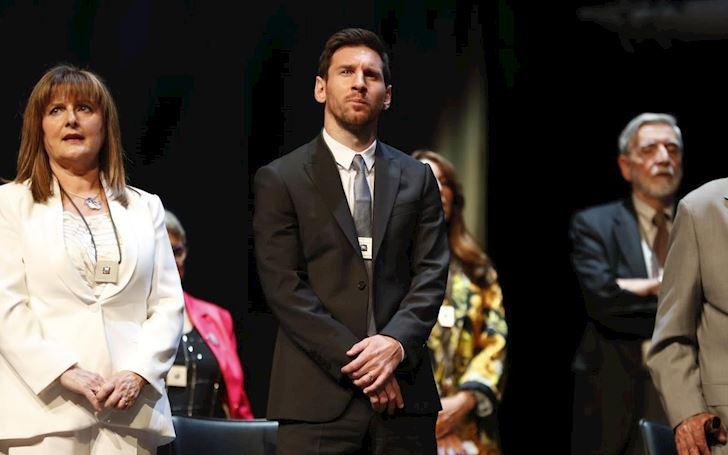 Ganh team cat luc Messi chinh thuc co giai thuong dau tien anh 1