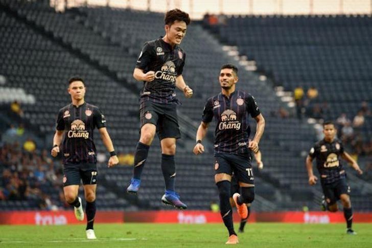 king-cup-2019-ve-tran-thai-lan-vs-viet-nam-re-bat-ngo-hinh 2