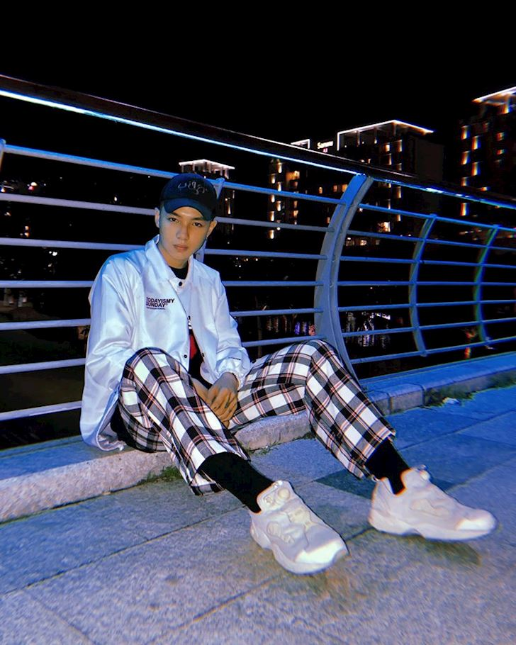 Dau la doi sneaker nam tinh dang duoc gioi street style phat cuong