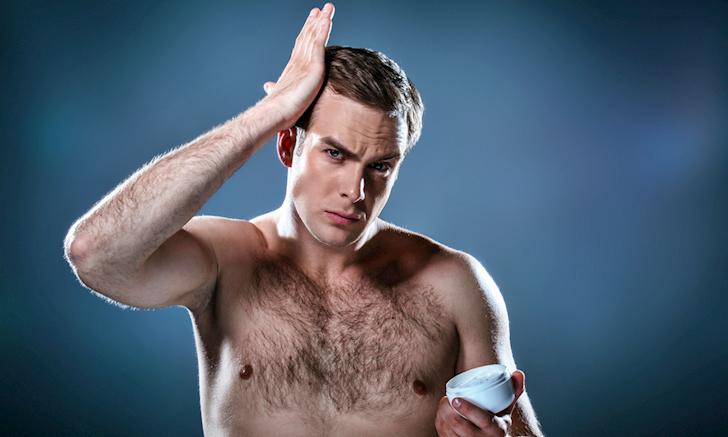 Dùng gel, wax vuốt tóc có gây hói đầu? - Đây là câu trả lời