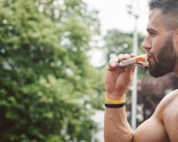 5 loại thực phẩm ăn không đúng thời điểm sẽ ảnh hưởng xấu đến sức khỏe