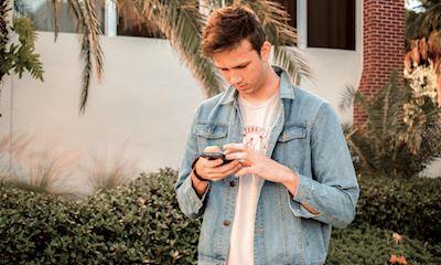 Kỹ năng giao tiếp: 3 sai lầm kinh điển của đàn ông khi nhắn tin