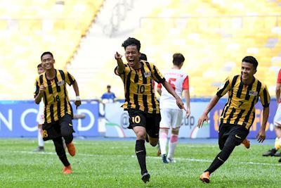 Thần đồng bóng đá Malaysia hạ gục U18 Australia