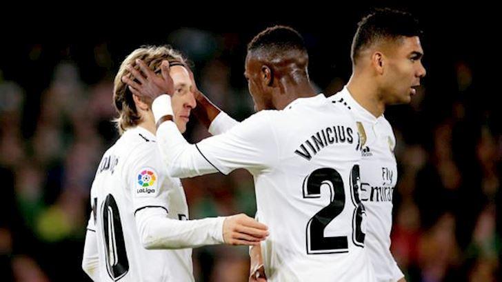 Bat chuoc Barca, Real muon dung nguoi va tien de co Neymar anh 1