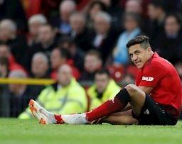Lộ mức lương điên rồ khiến MU bất lực tìm cách tống khứ Sanchez