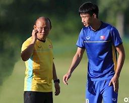 'Gãy' đôi cánh rồi, HLV Park Hang-seo dùng bài gì để thắng Thái Lan?