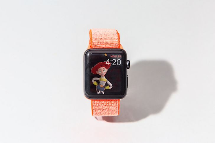 Ro ri Apple Watch Series 5 voi 4 phien ban cung hang loat tinh nang 3