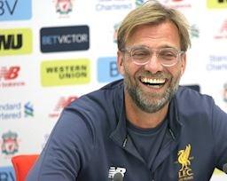 Klopp tuyên bố học theo MU để vô địch Premier League