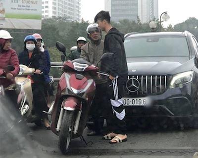 Va quẹt với xe hơi và cách xử lý hợp tình hợp lý cho anh em