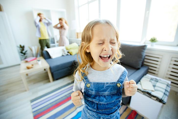 6 hành vi của bố khuyến khích trẻ hư hỏng