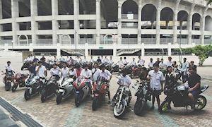 Học sinh đi phân khối lớn, Việt Nam phạt nặng, Thái Lan thì sao?