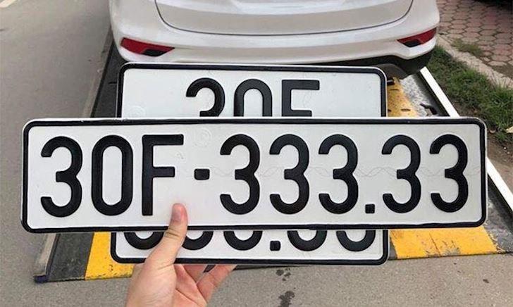 Vì sao trên biển số xe lại có dấu chấm?