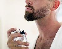 Xịt nước hoa làm sao để giữ được hương lâu nhất?