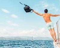 10 điều đàn ông nên làm ngày Tết để KHÔNG bị chê 'thiếu muối'