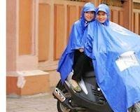 Chọn không đúng áo mưa, nguy hiểm hơn bạn tưởng