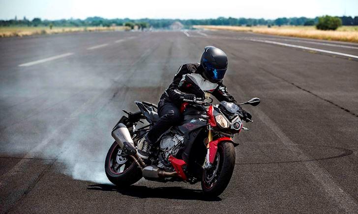 Mới chơi mô tô thì biết gì mà chọn xe?