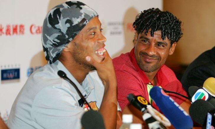 Rijkaard với cái kết buồn của người nâng tầm Ronaldinho và Messi