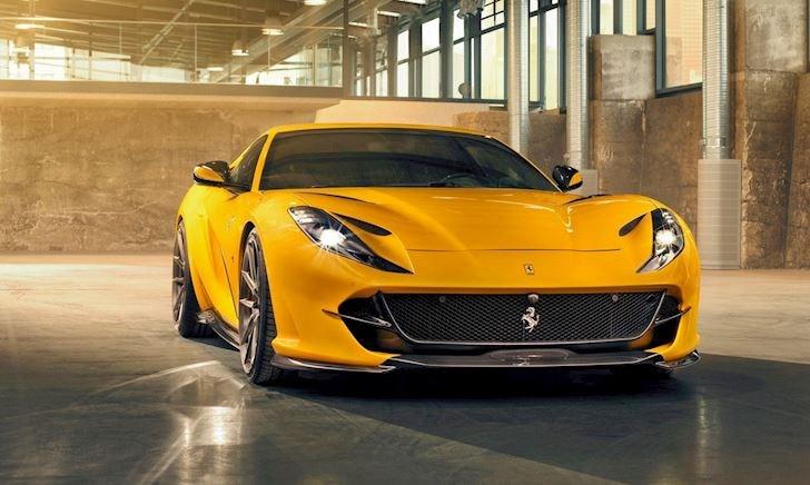 Siêu xe Ferrari 812 Superfast màu vàng óng cực đẹp với gói độ carbon