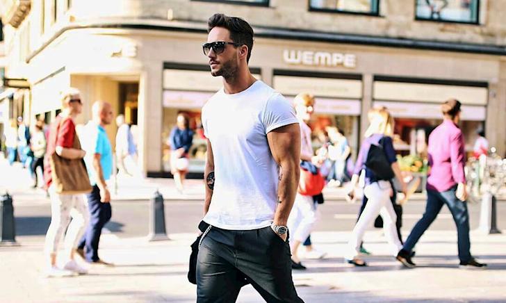 Những nỗi ám ảnh của đàn ông khi mặc áo trắng