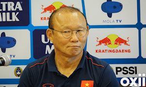 Ông Park cười hiểm, răn đe chủ nhà Indonesia