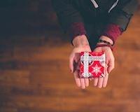 13 món đồ ĐỪNG BAO GIỜ tự ý mua tặng phụ nữ trong mọi dịp (phần 2)