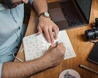 10 nghề cho phép làm tại nhà mà vẫn có thể kiếm nhiều tiền