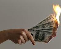 Vạch mặt 8 thói quen 'đốt tiền' anh em cần lưu ý