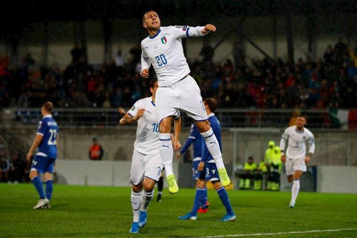 Vong loai EURO: Tay Ban Nha thoat hiem, Y dai thang anh 1