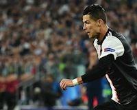 Sút như 'dao cạo', Ronaldo lập thêm kỷ lục không tưởng