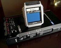 Bạn có biết vào năm 1982 Nhật đã làm ra được chiếc đồng hồ đeo tay có thể xem TV