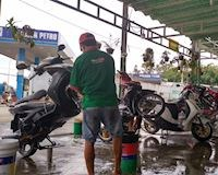 Xịt dầu bóng sau khi rửa xe: đẹp thì có đẹp nhưng hại lắm – Cưng xe #20