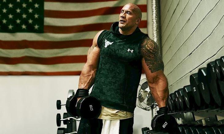 """Lịch tập chóng mặt của ông hoàng cơ bắp """"The Rock"""" Dwayne Johnson"""
