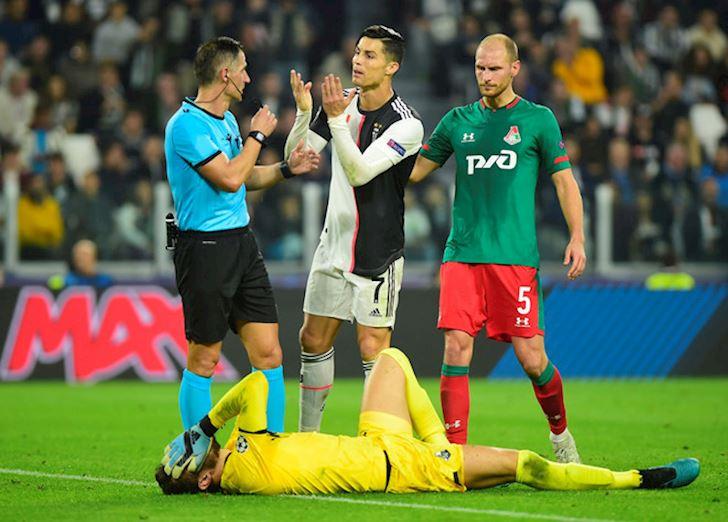 Ronaldo im tieng, Juventus thang nguoc nho 'Tieu Messi' anh 2