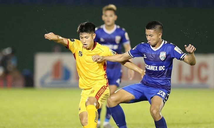 Video clip: Hòa nhạt Bình Dương, Thanh Hóa giành suất đá play-off