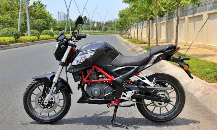 Benelli TNT 175 - mẫu Naked bike nhạt nhòa trong phân khúc