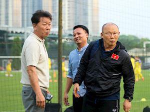 Video clip: HLV Chung Hae-seong khẳng định, không nhờ ông Park gọi cầu thủ lên tuyển QG