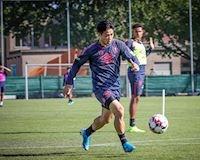 Video clip: Công Phượng vượt qua 'Messi Hàn Quốc' trong buổi tập của Sint Truiden