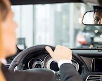 Hãy tập thói quen nhìn gương chiếu hậu mỗi 10 giây – Lái xe phòng thủ #17