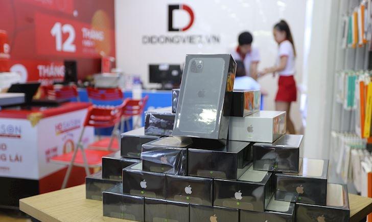 iPhone 11 (VN/A) chính hãng sắp bán ra nhiều cửa hàng tung khuyến mãi giảm giá, cao nhất giảm 4,2 triệu đồng