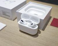 Mở hộp tai nghe AirPods Pro tại Việt Nam - giá bán lẻ 6,9 triệu đồng